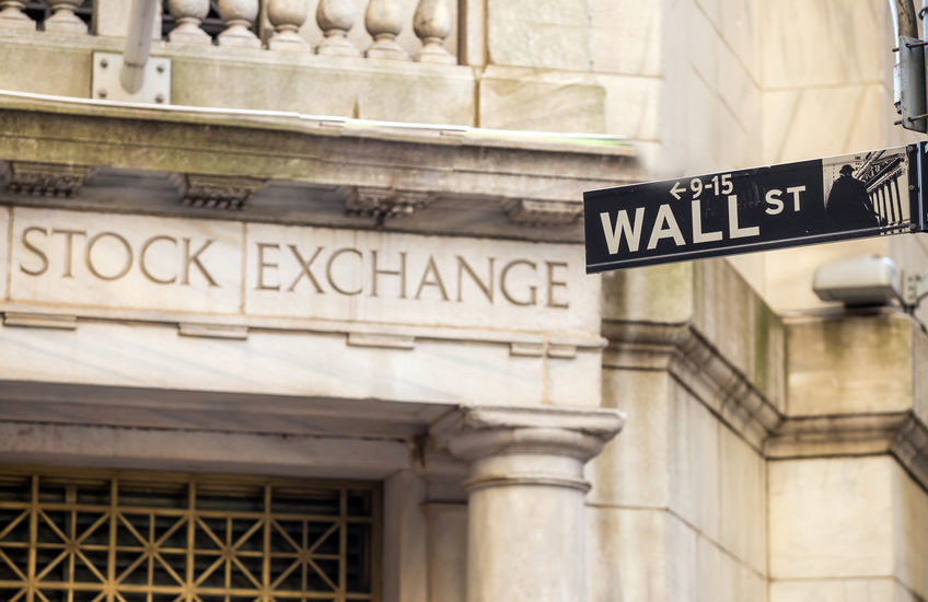 5 Recession-Proof Stocks That Pay 15% Per Year (Bull or Bear)